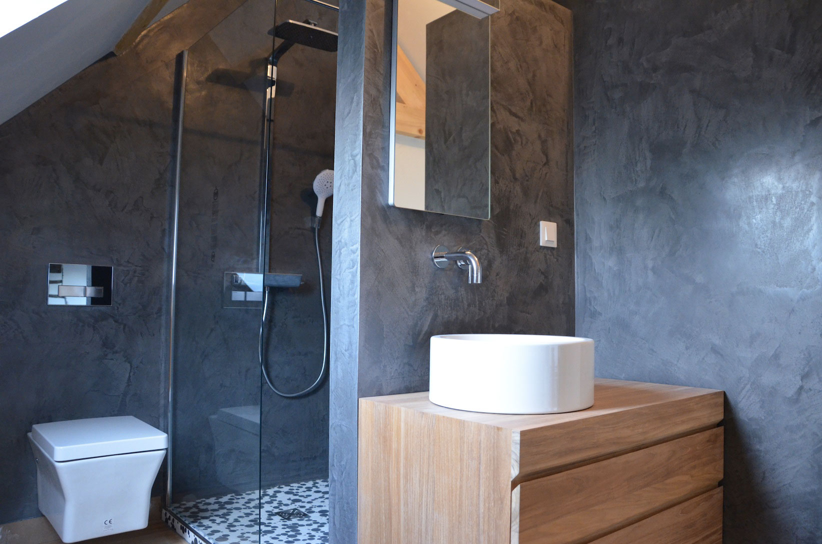 rivestimento creatina pareti bagno